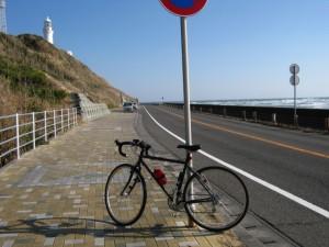 灯台と自転車