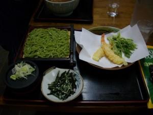 明日葉うどんに、明日葉天ぷら!