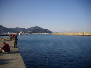 新小川港にて